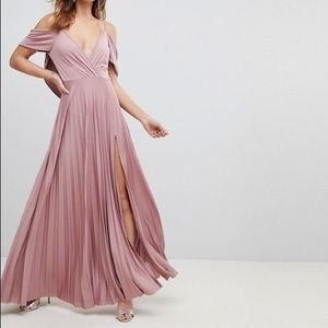 NWT ASOS COLD shoulder Cowl Back Pleated Maxi